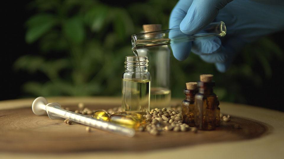 Jak wybrać wysokiej jakości olejek CBD?